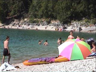 Camping jura vacances location for Village vacances jura avec piscine couverte